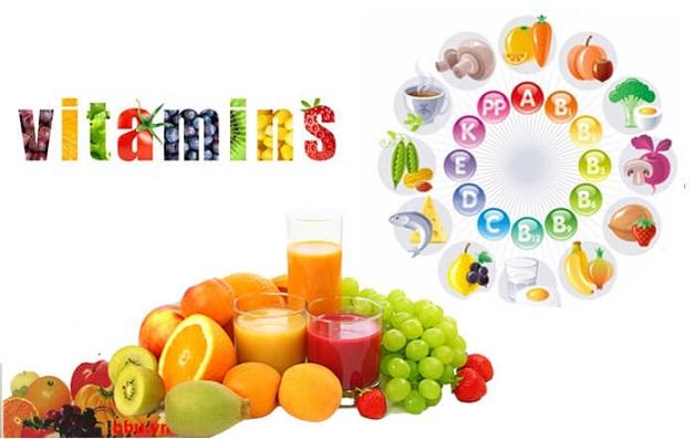Mẹ nên bổ sung các loại vitamin cho con khi bị bệnh đặc biệt khi các vết ban bị vỡ ra vì nó có khả năng chống bội nhiễm cao, tránh được tình huống nguy hiểm với con.