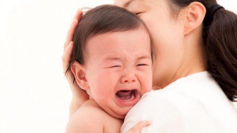 Phương pháp chăm sóc hiệu quả khi con mọc răng sốt bố mẹ nên biết