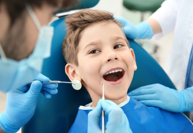 Khám nha khoa định kỳ cho trẻ 6 tháng/lần để đảm bảo sức khoẻ răng miệng