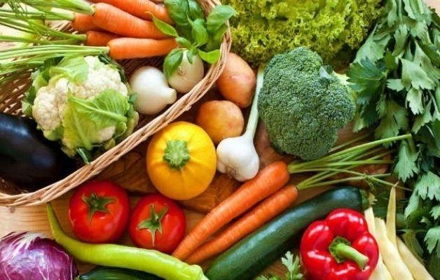 Chế độ ăn nên bổ sung nhiều chất xơ, rau củ quả