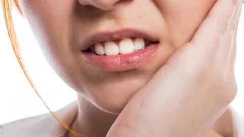 Tìm hiểu về bệnh viêm tủy răng có mủ: Nguyên nhân và cách điều trị