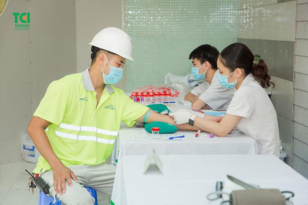 khám sức khỏe định kỳ cho công nhân ở đâu