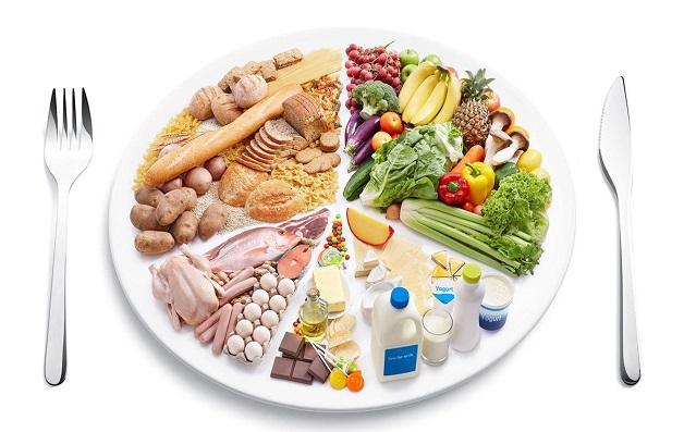 Chế độ dinh dưỡng hàng ngày cho con, phải đáp ứng đủ các yếu tố: đủ dinh dưỡng, phong phú, và đẹp mắt.