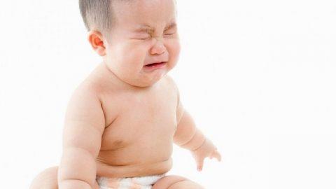 Trẻ sơ sinh bị táo bón: nguyên nhân và cách điều trị