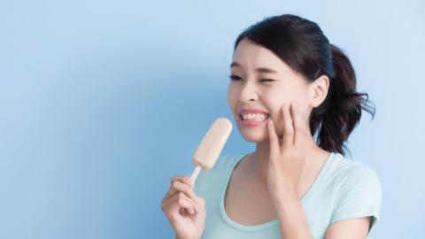 Triệu chứng răng nhạy cảm là gì? Làm sao để khắc phục tình trạng này?