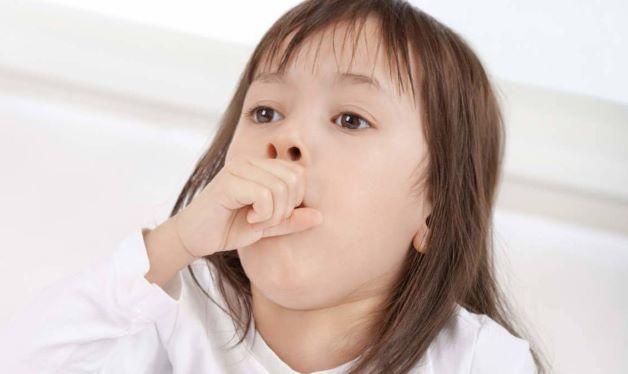Bệnh có thể xảy ra ở mọi đối tượng nhưng phổ biến nhất là trẻ em và đặc biệt là trẻ sơ sinh dưới 6 tháng tuổi.