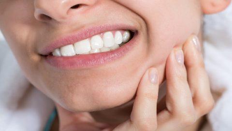Cách chữa răng nhạy cảm an toàn và hiệu quả các bạn nên biết