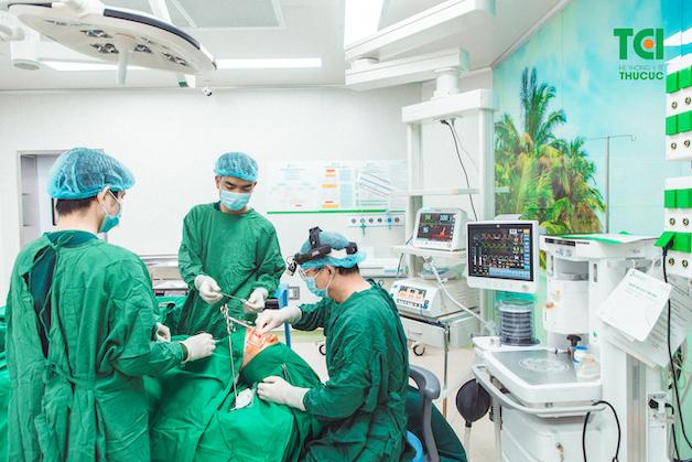 Tùy theo mức độ phức tạp của mỗi ca bệnh, quá trình này diễn ra chỉ trong khoảng 40 – 45 phút.
