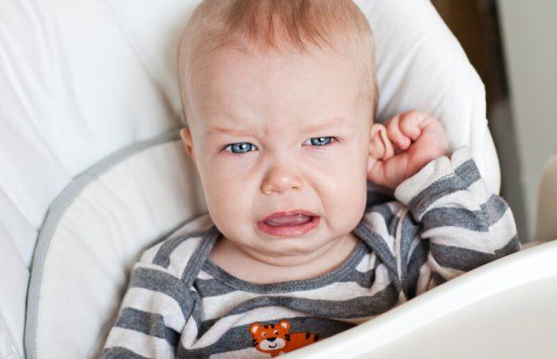 Nhận biết viêm tai ngoài ở trẻ như thế nào?