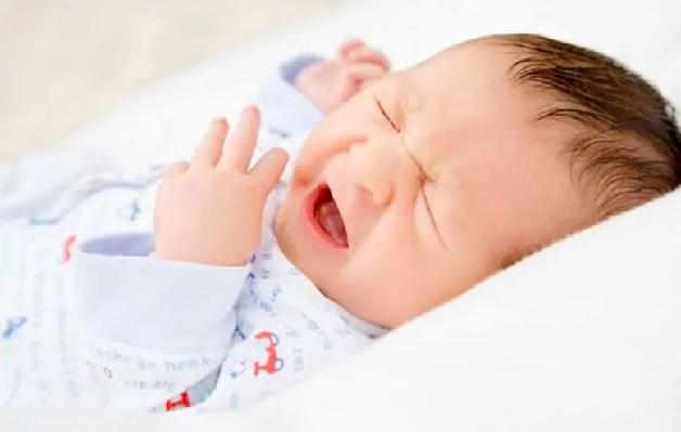 Có nhiều nguyên nhân khiến trẻ sơ sinh bị viêm phế quản