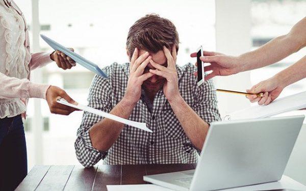 Căng thẳng, stress là một trong số những nguyên nhân hàng đầu dẫn đến viêm đại tràng