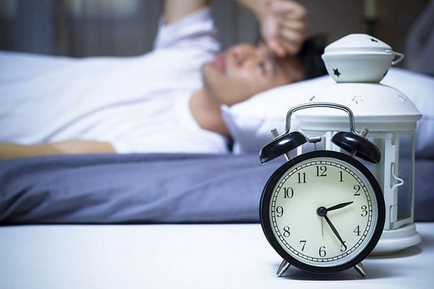 mất ngủ mạn tính kéo dài