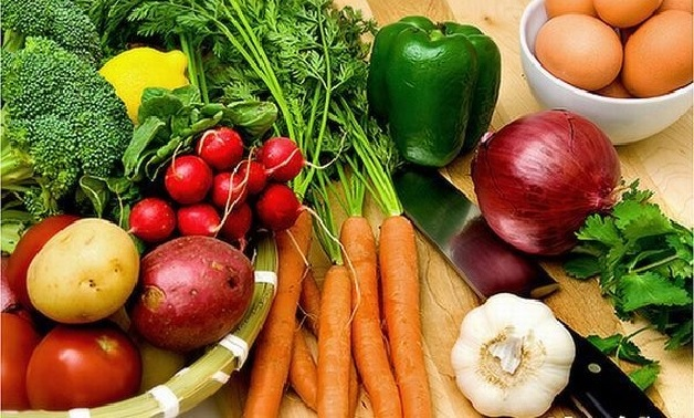 Mẹ nên thay đổi chế độ dinh dưỡng lành mạnh hơn khi cho con bú