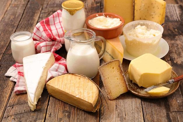 Viêm khớp dạng thấp kiêng ăn gì - Sữa và chế phẩm từ sữa