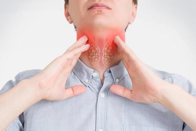 Nuốt nghẹn, khó nuốt, đau họng là những triệu chứng ung thư thực quản