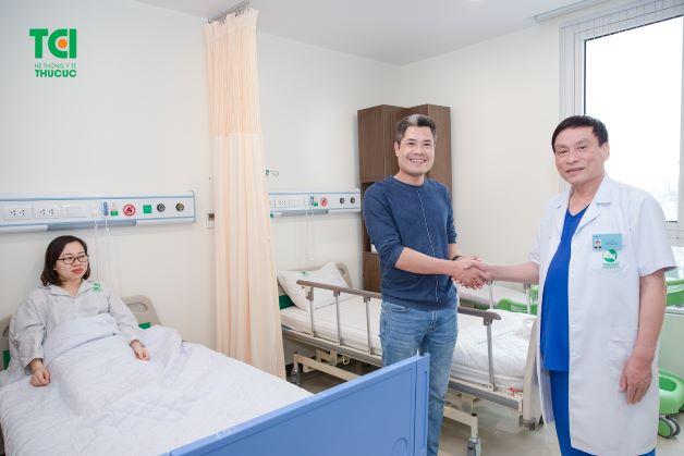 Thu Cúc sở hữu đội ngũ bác sĩ Sản khoa có 30 – 40 năm kinh nghiệm đến từ các viện đầu ngành trong nước và quốc tế.