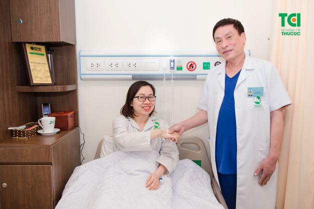 Trong quá trình điều trị bệnh gan nhiễm mỡ độ 3, người bệnh nên thăm khám thường xuyên và có thể nhập viện để thuận tiện cho việc điều trị.