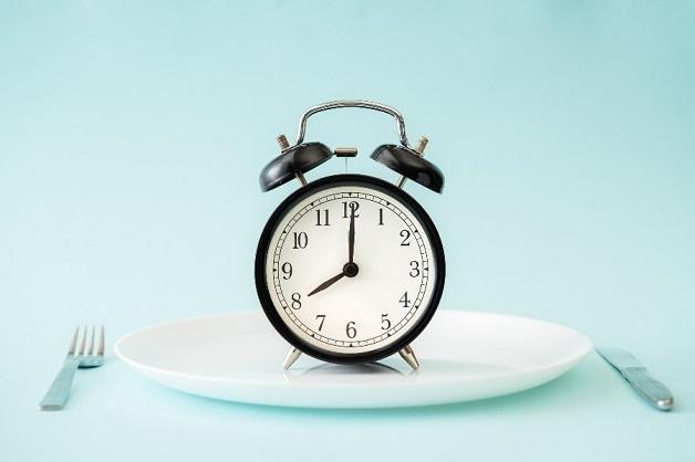 Ăn uống, sinh hoạt điều độ giúp bảo vệ sức khỏe tiêu hóa