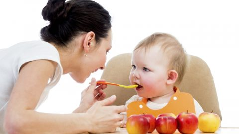 Mách mẹ danh sách thức ăn cho trẻ biếng ăn