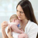 Trẻ bị sốt sau khi tiêm phòng và những điều bạn cần biết