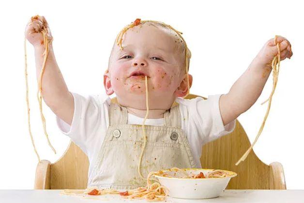 Mỗi bữa ăn dặm sẽ trở nên vui vẻ và hiệu quả nếu trẻ được ăn trong tâm trạng thoải mái.