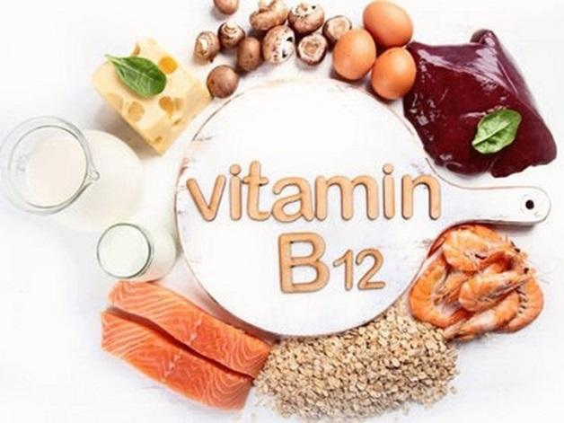 Mẹ nên bổ sung vitamin B12 cho con với thực phẩm như gan tim động vật, cá, sữa, pho mát, trứng…
