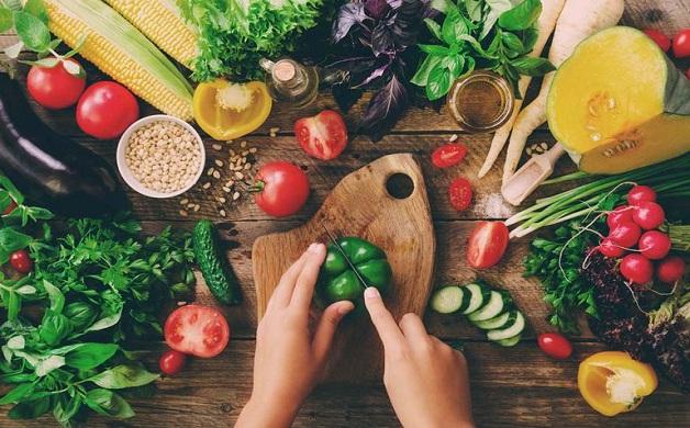 Viêm gan nên ăn gì - Bổ sung nhiều rau củ quả, trái cây tươi
