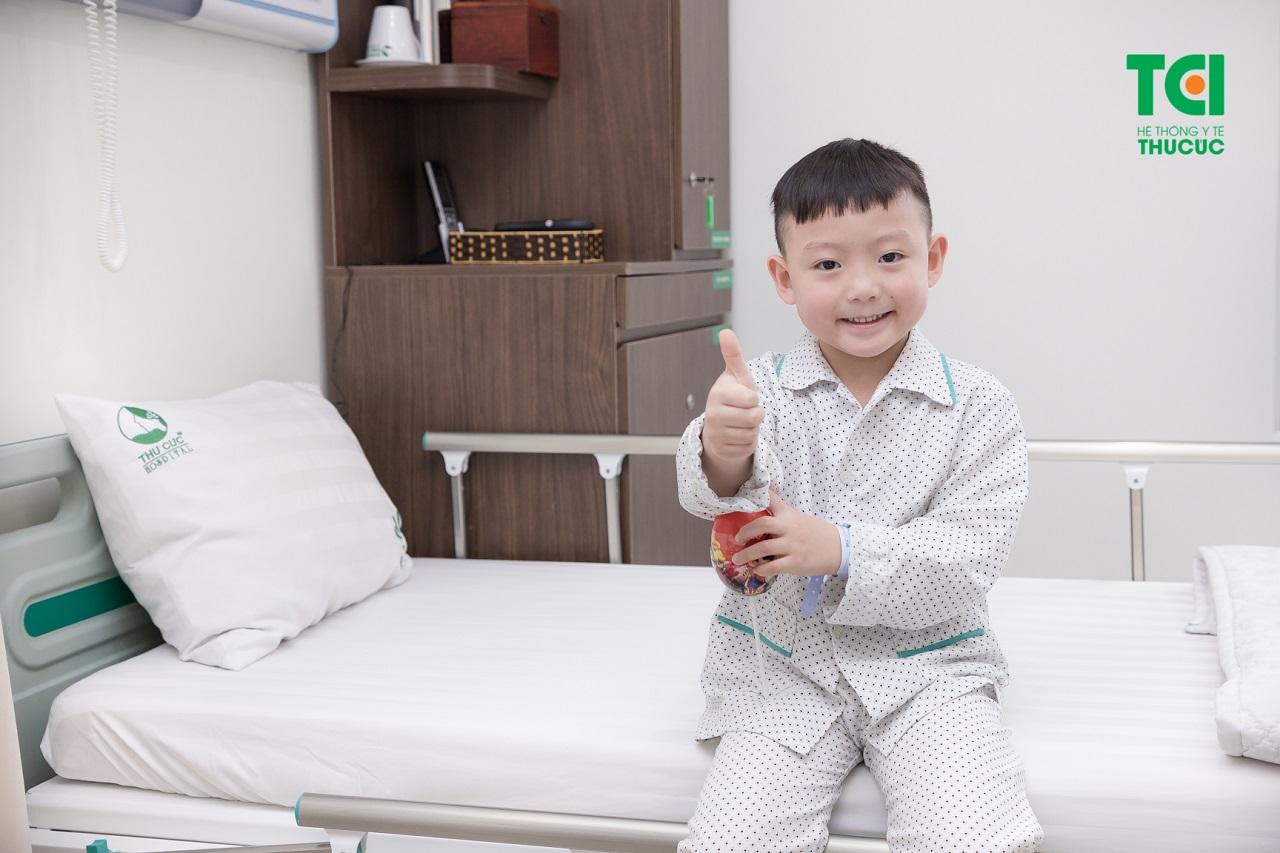 Bệnh nhi thực hiện phẫu thuật cắt amidan - nạo VA tại bệnh viện ĐKQT Thu Cúc