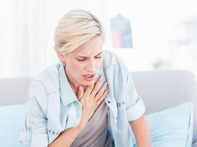 Bệnh nhân thường bị khó thở, đặc biệt là khi vận động hay gắng sức
