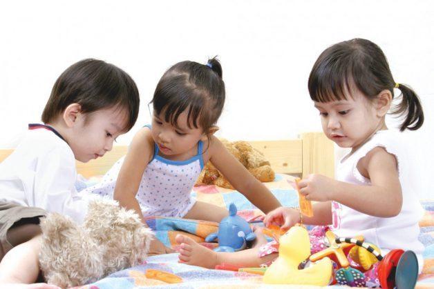 Bệnh tay chân miệng lây như thế nào là mối quan tâm của nhiều gia đình có trẻ nhỏ