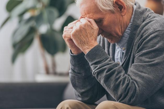 Biểu hiện của bệnh sa sút trí tuệ ở người cao tuổi