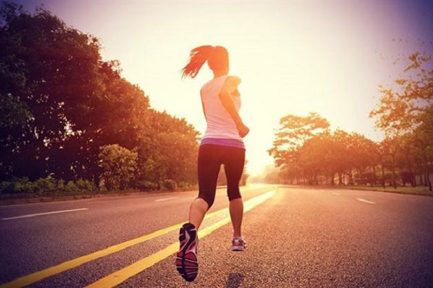 Thay đổi lối sống lành mạnh tích cực là cách giảm thiểu tình trạng thiếu máu não hiện nay.