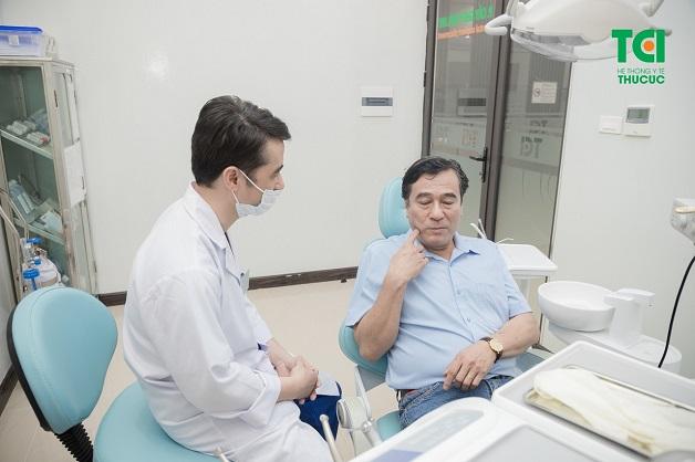 Răng số 7 bị đau sẽ ảnh hưởng đến quá trình ăn uống và tác động đến các răng xung quanh
