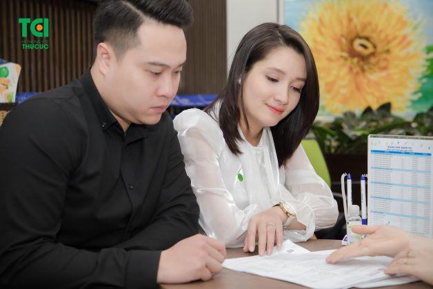 Khám thai, theo dõi thai kỳ như thế nào, chọn nơi nào vượt cạn… là những điều mà hai vợ chồng diễn viên Khánh Linh quan tâm nhất