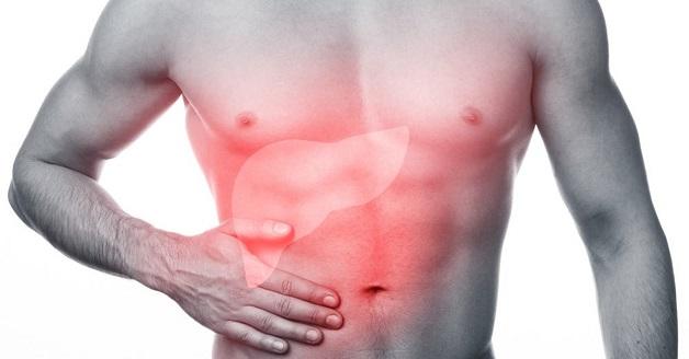 Đau vùng bụng bên phải dưới xương sườn là một trong những triệu chứng của bệnh