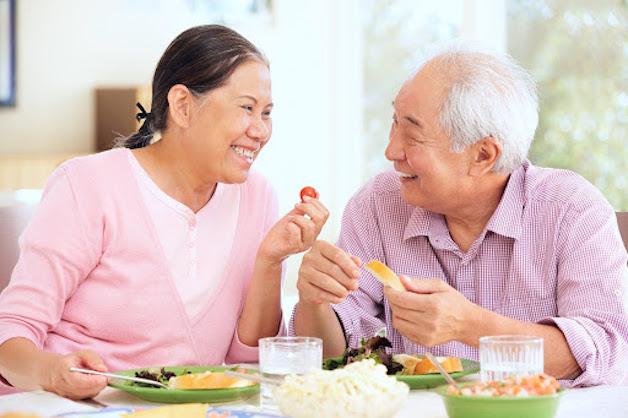 Người viêm gan nên thực hiện chế độ ăn lành mạnh, đầy đủ dinh dưỡng