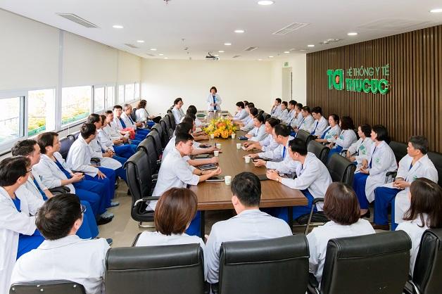 Đội ngũ bác sĩ Hệ thống Y tế Thu Cúc