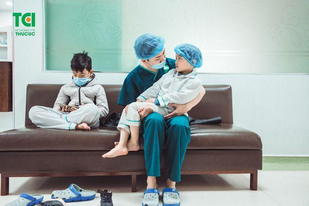 chăm sóc trẻ sau nạo VA