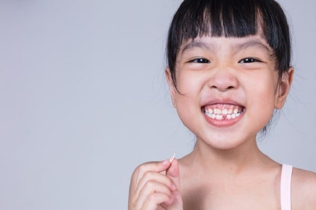 Nẹp răng giúp trẻ khắc phục nhiều khuyết điểm của hàm răng như mọc lệch, răng thưa, sai khớp cắn,...