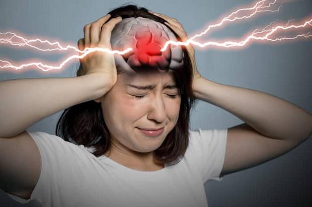 Thiếu máu não ở tuổi dậy thì nguyên nhân chính là do những thay đổi thất thường từ chu kỳ kinh nguyệt.