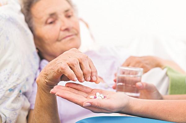 thuốc chữa mất ngủ mạn tính dành cho người cao tuổi