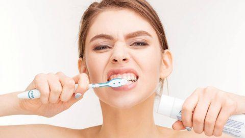 Trào ngược dạ dày lưỡi trắng: Làm gì để khắc phục?