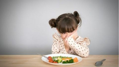 Trẻ 3 tuổi biếng ăn: lý giải nguyên nhân và thực đơn cho bé