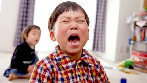 Trẻ 3 tuổi hay quấy khóc: Nguyên nhân và cách xử lý hiệu quả