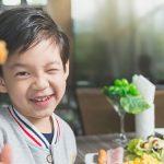 Trẻ em biếng ăn phải làm sao để cải thiện? Mách mẹ 5 tip cần thiết