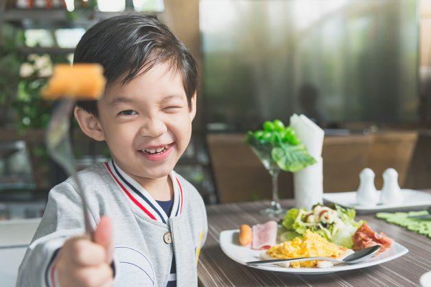 Trẻ em biếng ăn phải làm sao? Một chủ đề khiến nhiều bậc phụ huynh phải đau đầu suy nghĩ.