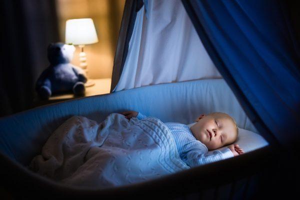 Cách giảm quấy khóc đêm ở trẻ