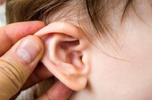 viêm tai giữa ứ mủ
