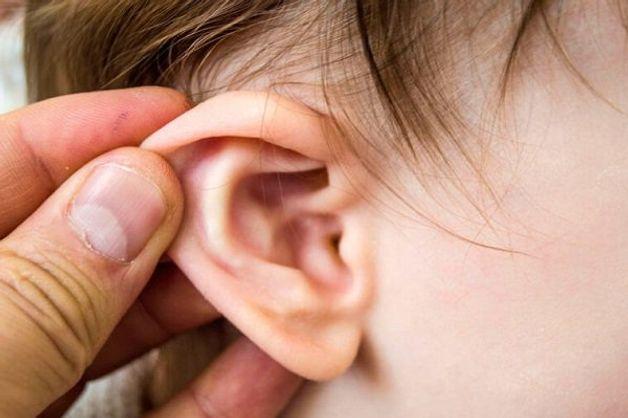 Viêm tai giữa vỡ mủ là gì