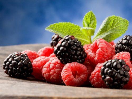 Các loại quả mọng cũng rất hữu hiệu trong việc chữa và phòng ngừa bệnh táo bón.